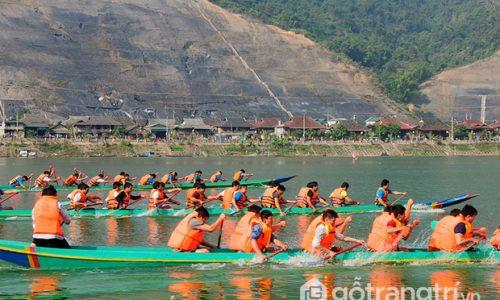 Lễ hội đua thuyền - Đặc sắc màu sắc văn hóa của người dân Tây Bắc