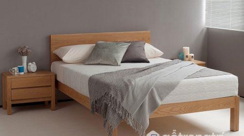 Theo bạn nên mua giường ngủ gỗ xoan đào cho gia đình hay không?