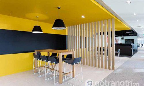 """Ấn tượng với mẫu thiết kế nội thất văn phòng phong cách """"chị ong vàng"""""""