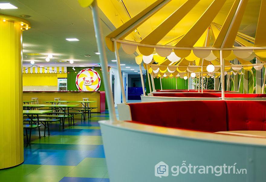 Khu vực ăn uống và giải trí