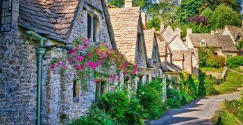 Kiến trúc của 15 ngôi làng đẹp như trong truyện cổ tích - phần 1