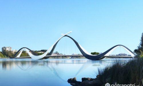 Độc đáo cầu vòm thép Matagarup mô phỏng hình thiên nga tại Úc