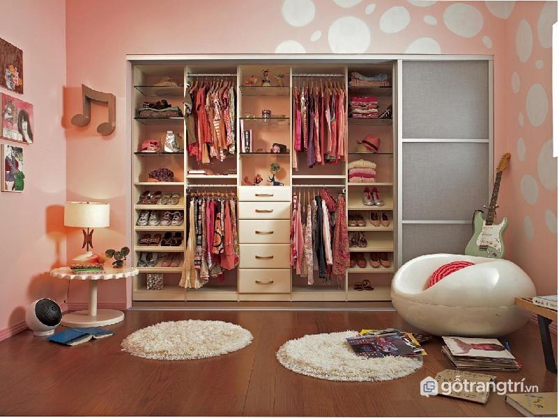 Cách sắp xếp tủ quần áo : Lựa chọn những mẫu tủ không cánh