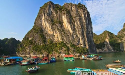 Làng chài Cửa Vạn Quảng Ninh - TOP 16 ngôi làng cổ đẹp nhất thế giới