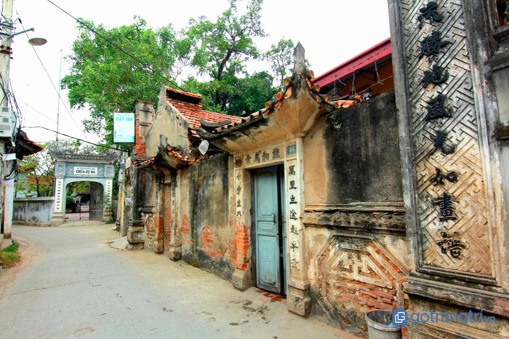 Đình làng sơn mài Hạ Thái cổ kính