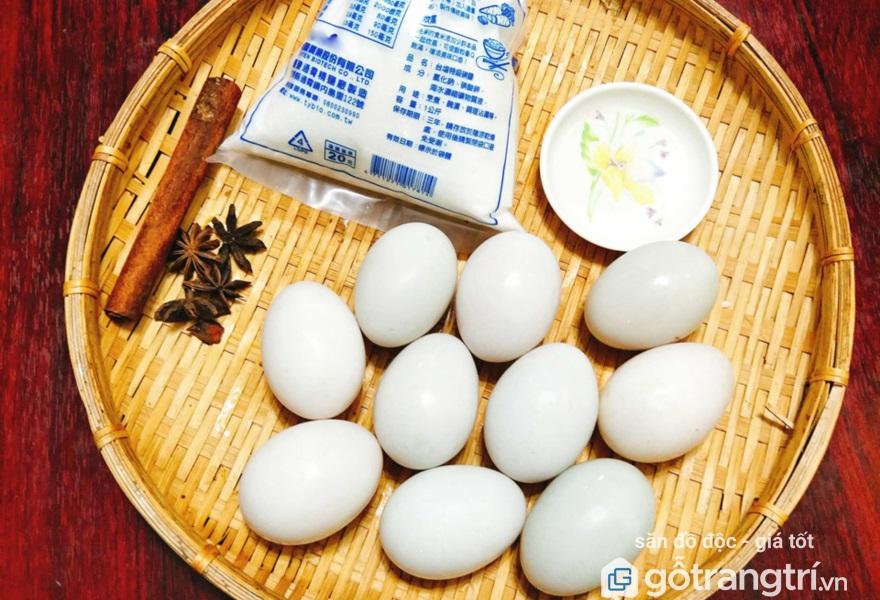 Tự làm trứng muối tại nhà