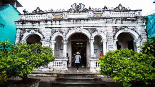 Khám phá kiến trúc độc đáo của nhà cổ 100 năm tuổi ở Đồng Tháp