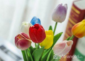 Hoa-tuylip-gia-trang-tri-khong-gian-song-gia-dinh-GHS-6420 (14)