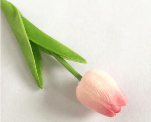 Hoa-tuylip-gia-trang-tri-khong-gian-song-gia-dinh-GHS-6420 (6)
