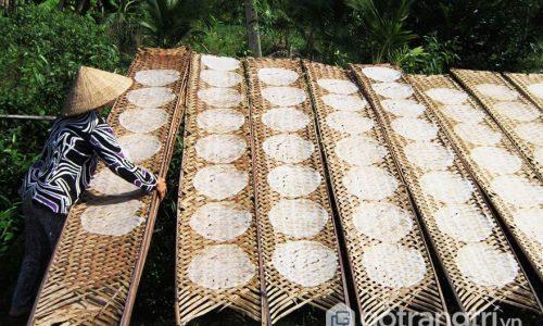 Trải nghiệm độc đáo với làng nghề bánh tráng Túy Loan Đà Nẵng