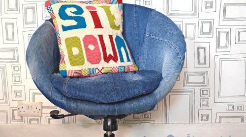 Ý tưởng trang trí nội thất căn hộ với vải jean độc đáo, sáng tạo