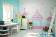 Chuyên gia tư vấn gợi ý ba mẹ cách chọn tranh dán tường phòng bé