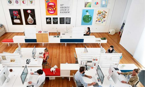 Tranh kính văn phòng – không gian làm việc sang trọng và đẳng cấp