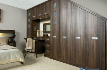 Mẫu tủ quần áo kết hợp bàn trang điểm - giải pháp cho nhà chật