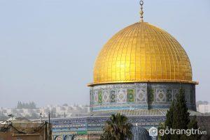 Mái vòm đá ở Jerusalem là đặc trưng của tòa nhà nổi tiếng, tượng đài Hồi giáo còn tồn tại lâu đời nhất (Ảnh internet)