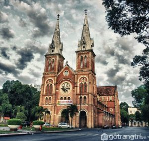 Nhà thờ Đức Bà có kiến trúc tuyệt đẹp - Ảnh internet