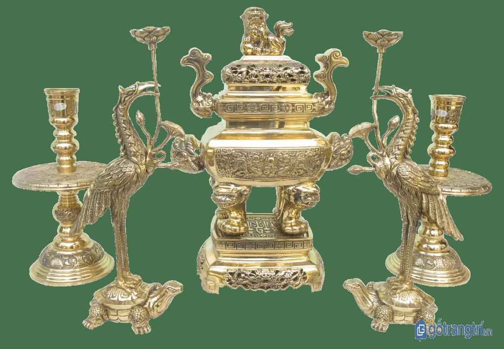 Một số mẫu đồ thờ tại xưởng sản xuất của nghệ nhân Hai Thắng. (ảnh: internet)