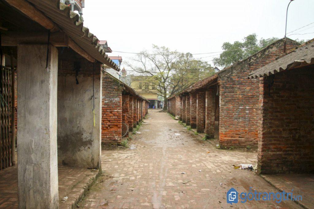 Khu chợ cũ của một làng cổ cũng là nơi diễn ra các lễ hội văn hóa ở Phố Hiến (Ảnh: Internet)