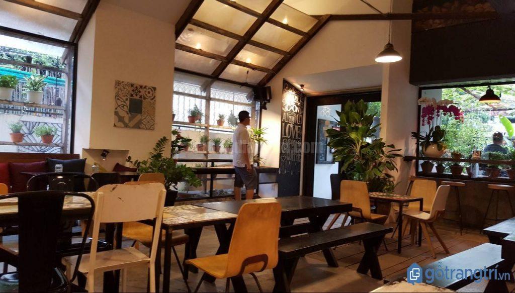 Không gian quán cà phê đẹp hiện đại, thoáng mát. (Ảnh: internet)