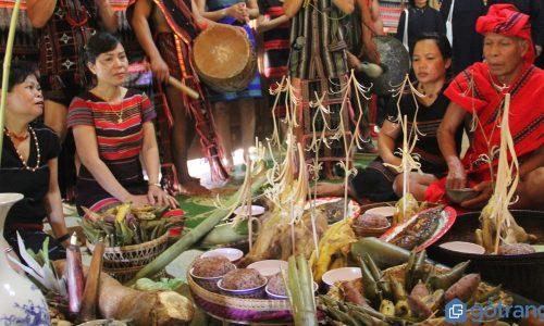 Nhộn nhịp những lễ hội truyền thống đặc sắc cuối năm của Nam Bộ