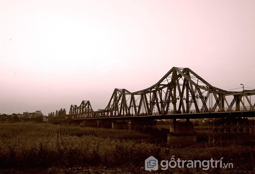 Cầu Long Biên dài thứ 2 thế giới (ảnh internet)