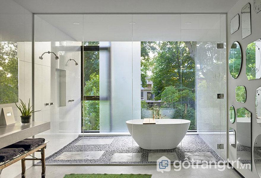 Phòng tắm sử dụng đá cẩm thạch nhìn sạch sẽ (Ảnh sưu tầm)