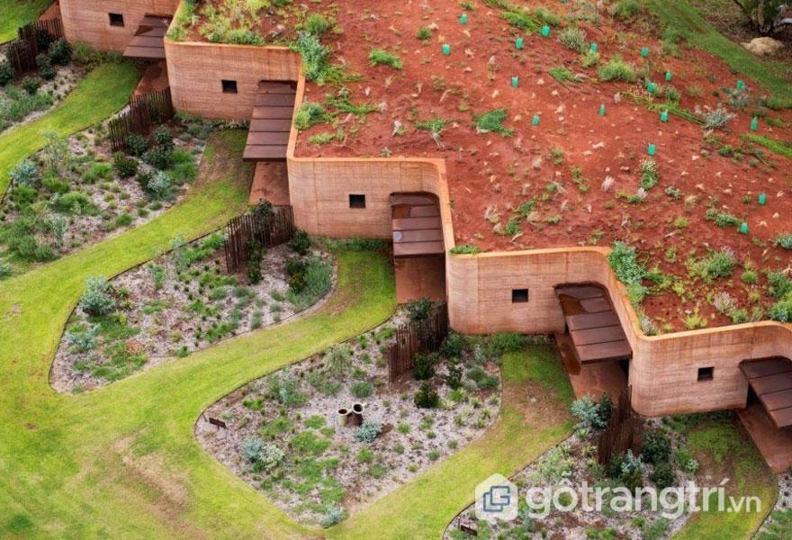Đất nện được sử dụng để xây dựng nhà ở gần gũi với thiên nhiên (Ảnh: Internet)