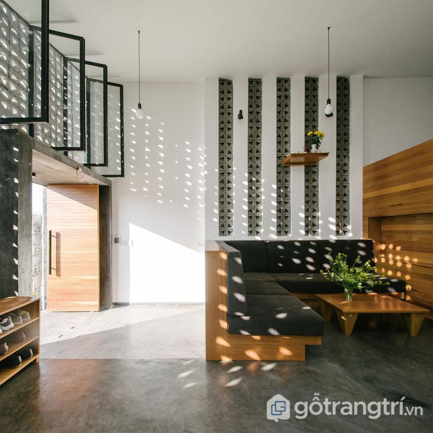 Gạch hoa gió ứng dụng trong thiết kế phòng khách - Ảnh: Internet