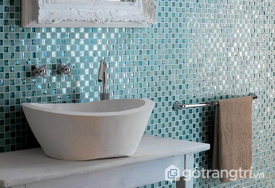 Gạch ốp lát Ceramic phòng tắm - Ảnh: Internet