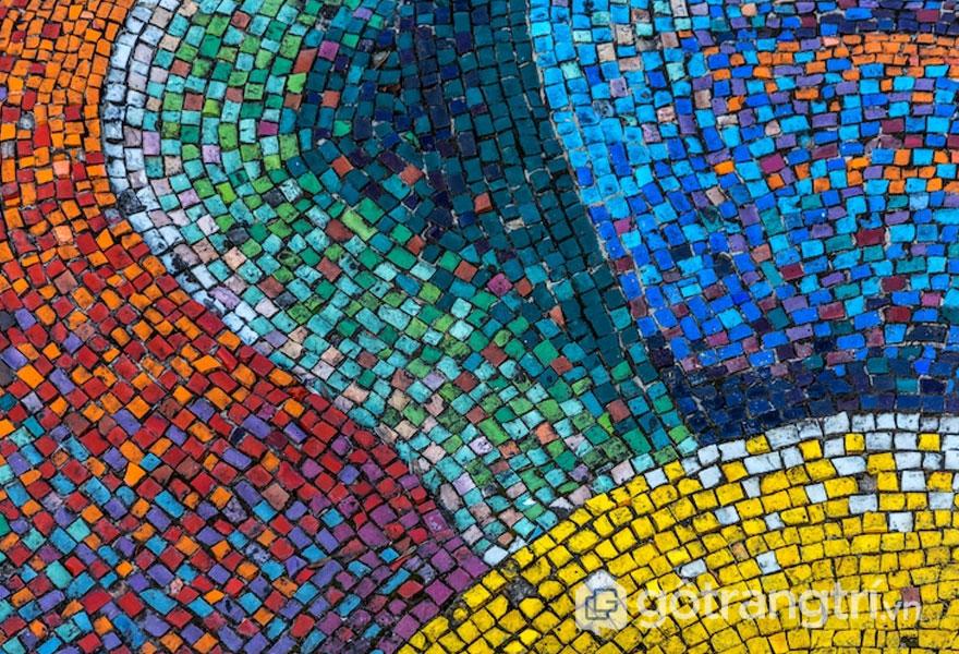 Những viên gạch mosaic trang trí nhỏ có kích cỡ mỗi viên là 2 - 10cm - Ảnh: Internet