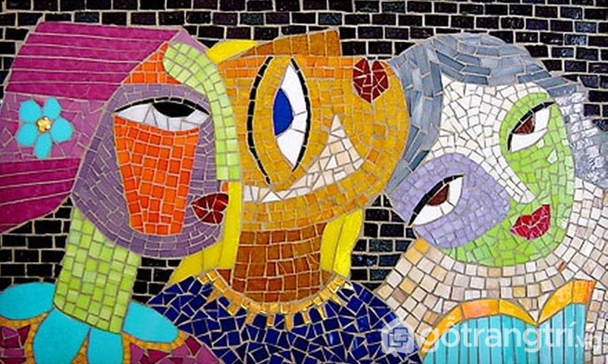 Bức tranh nghệ thuật được ghép nối từ viên gạch mosaic trang trí - Ảnh: Internet