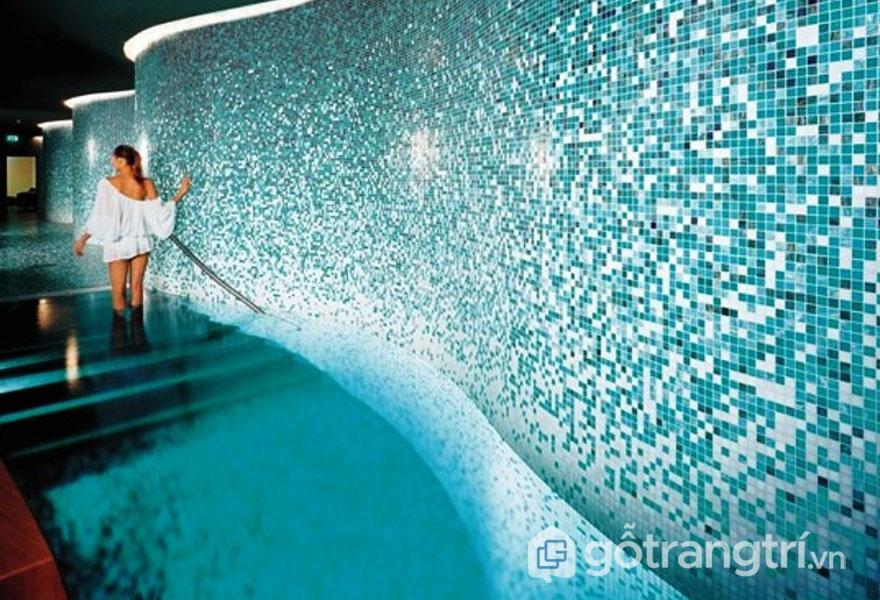 Gạch mosaic trang trí mang lại vẻ đẹp trang nhà cho ngôi nhà - Ảnh: Internet
