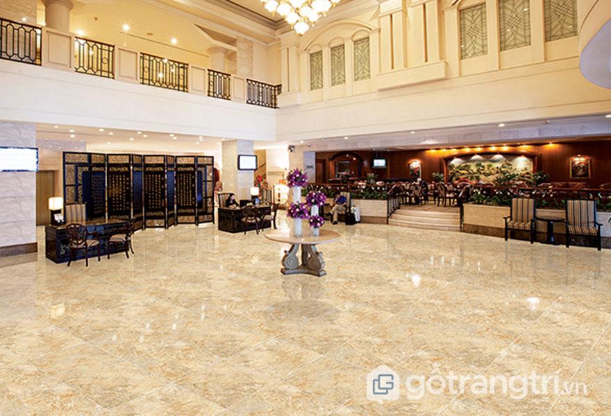 Gạch ốp sàn ceramic dùng lát nơi đại sảnh lớn như: khách sạn, phòng khách - Ảnh: Internet