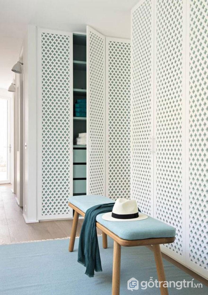 Dùng gỗ lưới trang trí nhằm phân tách không gian giữa các phòng với nhau - Ảnh: Internet
