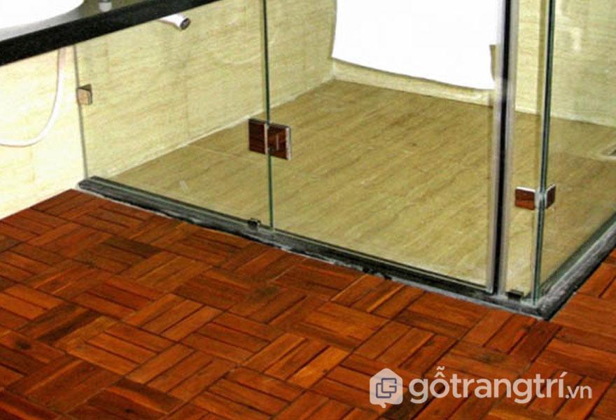 Gỗ vỉ lát sàn hay được sử dụng lát sàn phòng tắm, phòng xông hơi, hay bể bơi ngoài trời - Ảnh: Internet