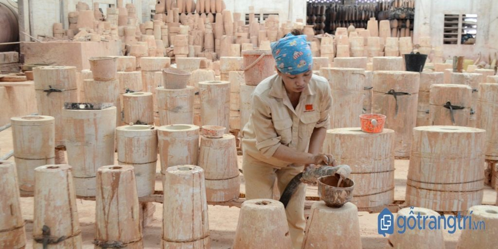 Xưởng sản xuất gốm sứ thủ công. (Ảnh: internet)