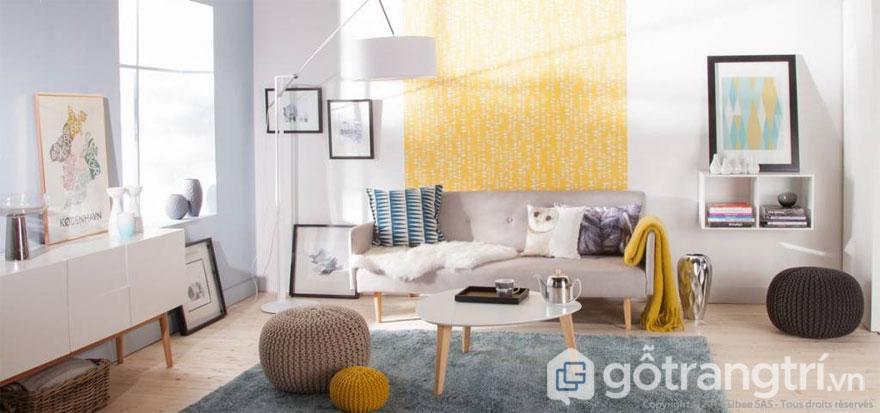 Hay qua những phụ kiện trang trí nội thất như đồ lưu niệm, ghế lười, thảm, gối tựa... Ảnh: Internet