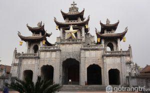 Là nhà thờ Công giáo được đánh giá đẹp và ấn tượng nhất Việt Nam - Ảnh Vnexpres