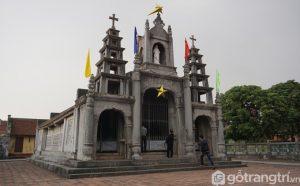 Công trình nhà thờ đá được xây dựng trong vòng 30 - Ảnh Vnexpres