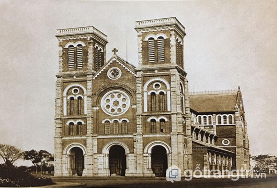 Nhà thờ Sài Gòn được thi công khá nhanh - Ảnh: Đình Phú