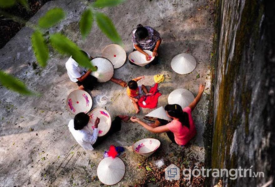 Nghê nón làng Chuông hồi sinh sau 30 năm - Ảnh: Internet