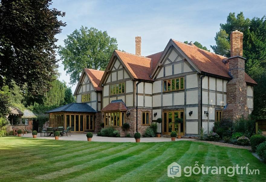 Những ống khói cao và hẹp trong nhà phong cách Tudor (Ảnh internet)