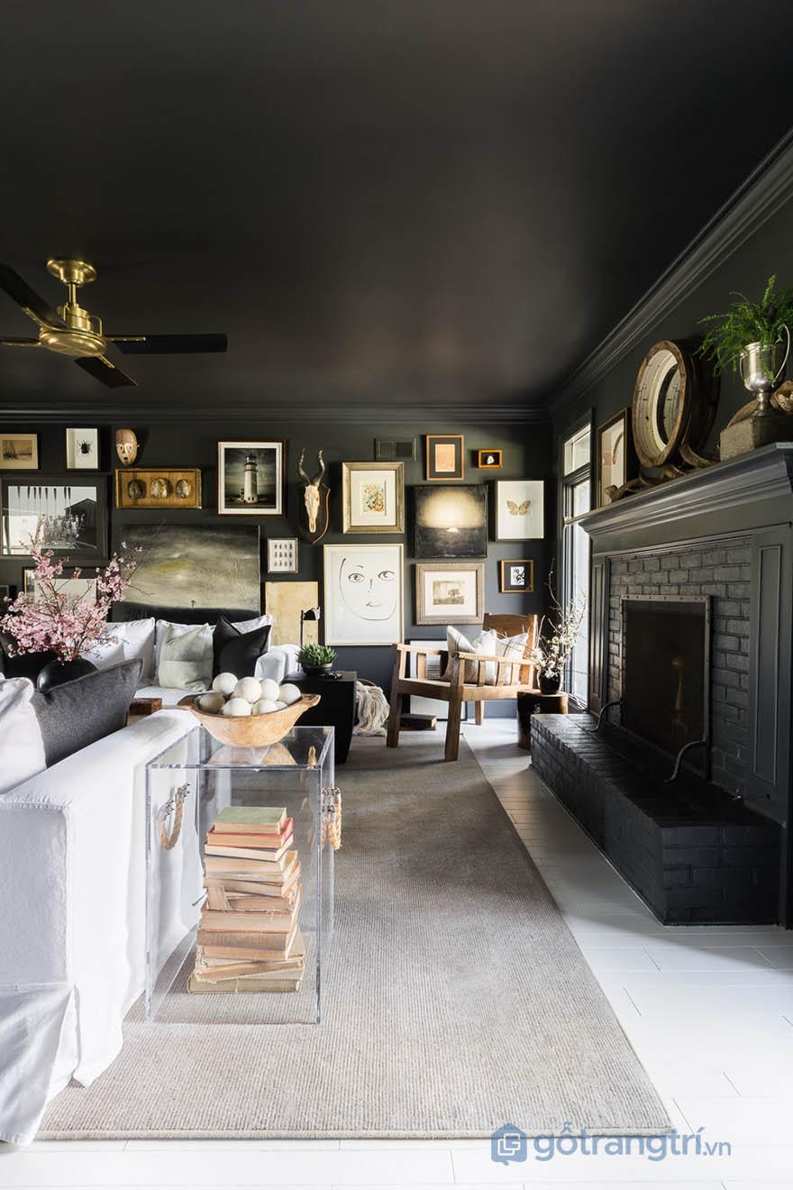 Một bảo tàng thu nhỏ trong căn hộ phong cách Tudor (ảnh Alyssa Rosenheck)