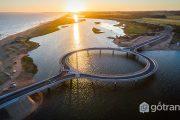 Cây cầu nổi tiếng Laguna Garzon hình vòng tròn độc đáo ở Uruguay