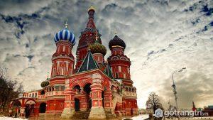 Tòa nhà nổi tiếng: Nhà thờ St Basil, Matxcova (Ảnh internet)