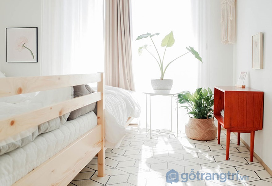 Trang trí nội thất phòng ngủ tông màu trắng chủ đạo (nguồn: noithathomexinh)