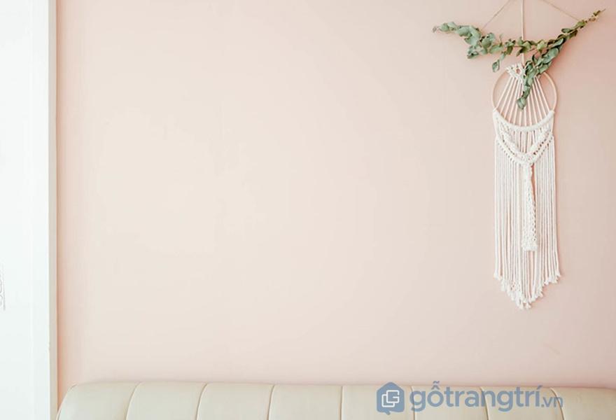 Bức tường được sơn toàn bộ màu hồng (nguồn: noithathomexinh)