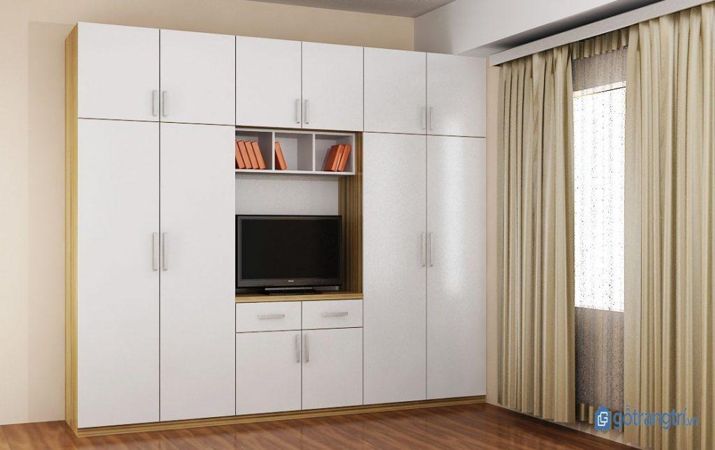 Tủ quần áo hiện đại kết hợp kệ ti vi thường có thêm một ô trống lớn ở giữa tủ để đựng ti vi. (Ảnh: internet)