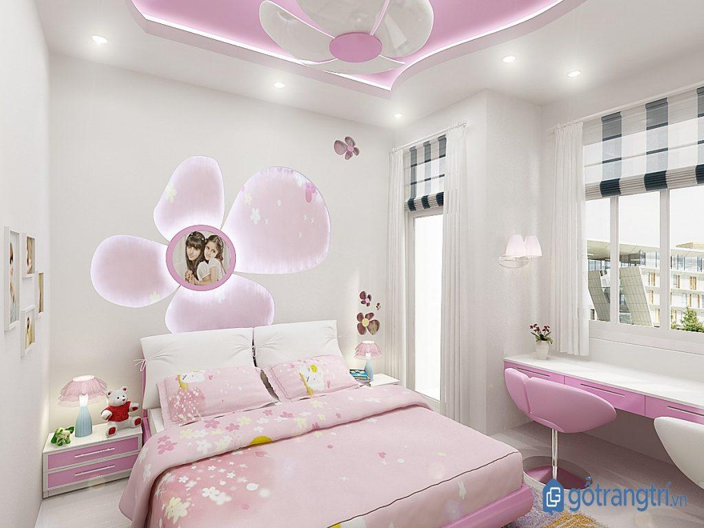 Sử dụng đèn trang trí nhiều màu sắc cho phòng ngủ bé gái thêm ấn tượng. (ảnh: internet)