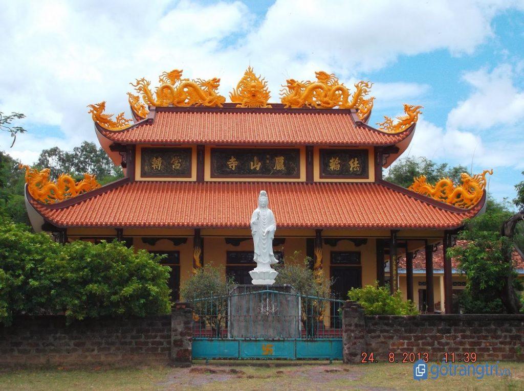 Chùa Nhạn Sơn - Nhạn Tháp, Nhơn Hậu, Bình Định. (ảnh: internet)